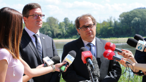 More about: DROUGHT IN POLAND. HOW DO WE COUNTERACT IT? BRIEFING OF THE MINISTER MAREK GRÓBARCZYK AND THE PRESIDENT OF THE NATIONAL WATER MANAGEMENT AUTHORITY
